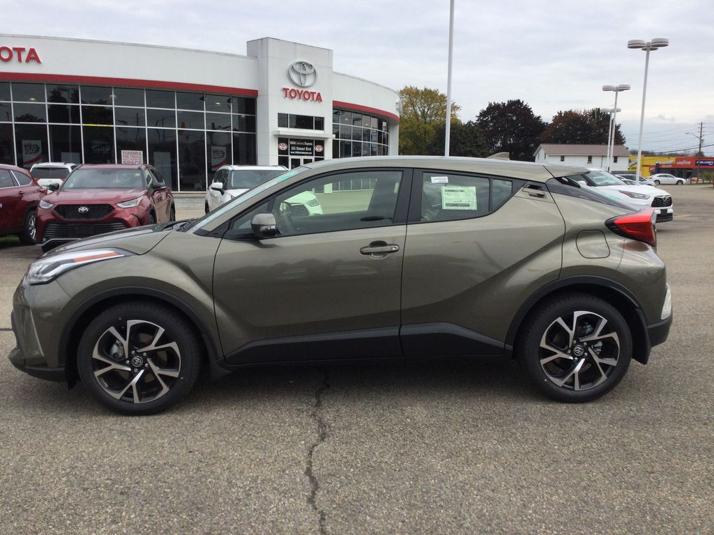 Brown[Bronze Oxide] 2021 Toyota C-HR Left Side Photo in Brockville ON
