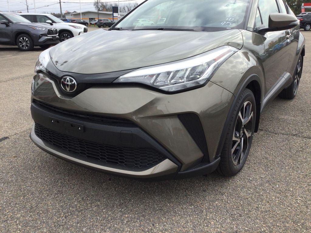 Brown[Bronze Oxide] 2021 Toyota C-HR Left Front Corner Photo in Brockville ON
