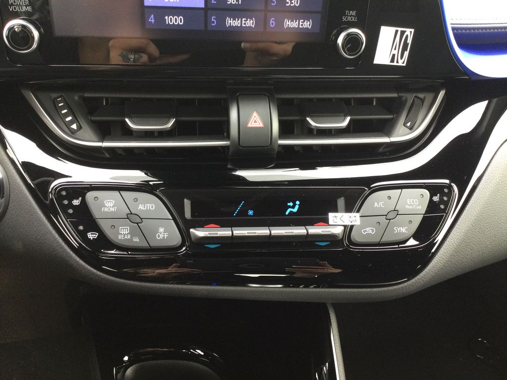 Brown[Bronze Oxide] 2021 Toyota C-HR Central Dash Options Photo in Brockville ON