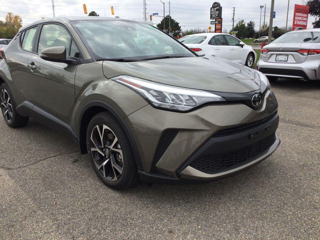 Brown[Bronze Oxide] 2021 Toyota C-HR Right Front Corner Photo in Brockville ON
