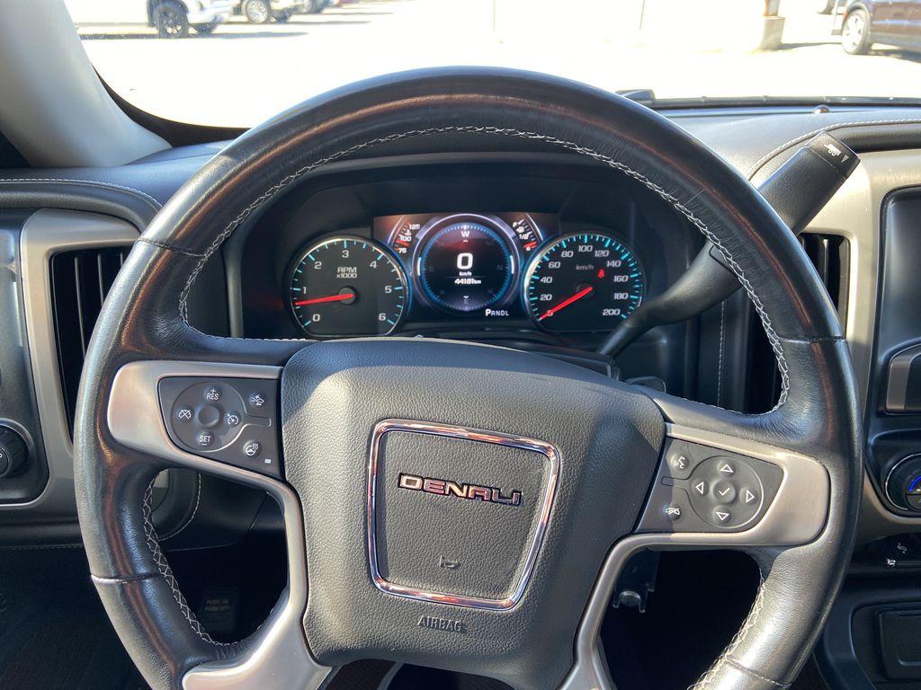 White[White Frost Tricoat] 2018 GMC Sierra 1500 Denali Steering Wheel and Dash Photo in Calgary AB