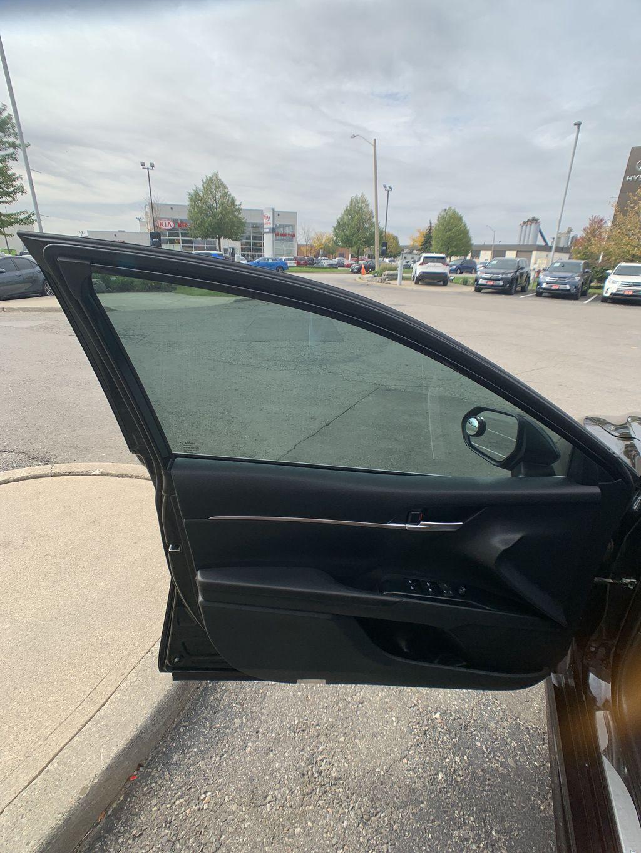 Black[Midnight Black Metallic] 2018 Toyota Camry clean Engine Compartment Photo in Brampton ON