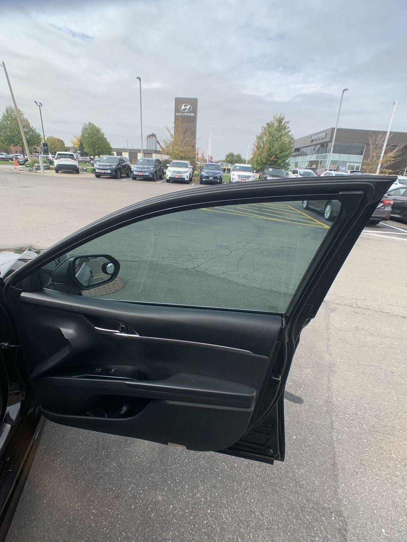 Black[Midnight Black Metallic] 2018 Toyota Camry clean Left Rear Corner Photo in Brampton ON