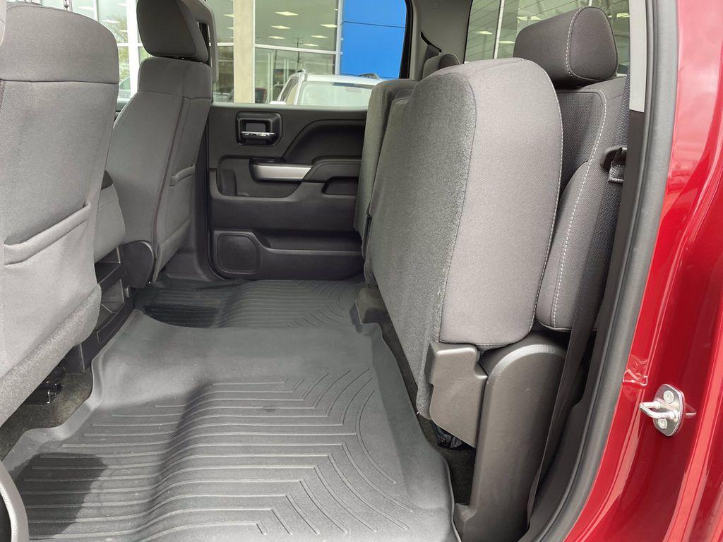 Red[Cajun Red Tintcoat] 2018 Chevrolet Silverado 1500 Steering Wheel and Dash Photo in Brandon MB
