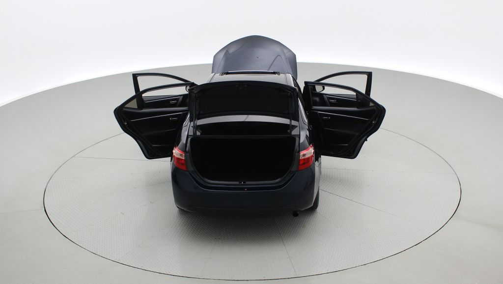 Blue[Galactic Aqua Mica] 2018 Toyota Corolla LE - Corolla Upgrade Package w/ Sunroof, Alloys Rear of Vehicle Photo in Winnipeg MB