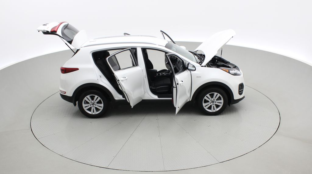 White[Snow White Pearl] 2019 Kia Sportage LX AWD - Heated Seats, Backup Camera, Bluetooth Right Side Photo in Winnipeg MB