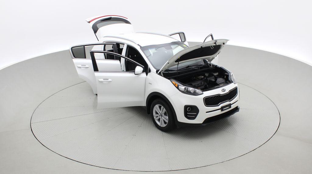 White[Snow White Pearl] 2019 Kia Sportage LX AWD - Heated Seats, Backup Camera, Bluetooth Left Front Corner Photo in Winnipeg MB