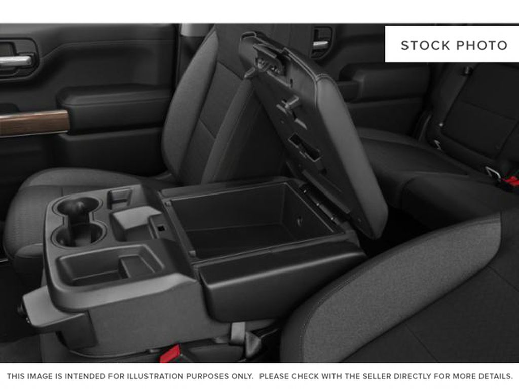 2020 Chevrolet Silverado 1500 Center Console Photo in Fort Macleod AB