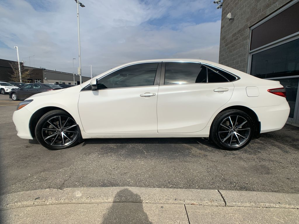 White[Blizzard Pearl] 2017 Toyota Camry clean Left Front Corner Photo in Brampton ON