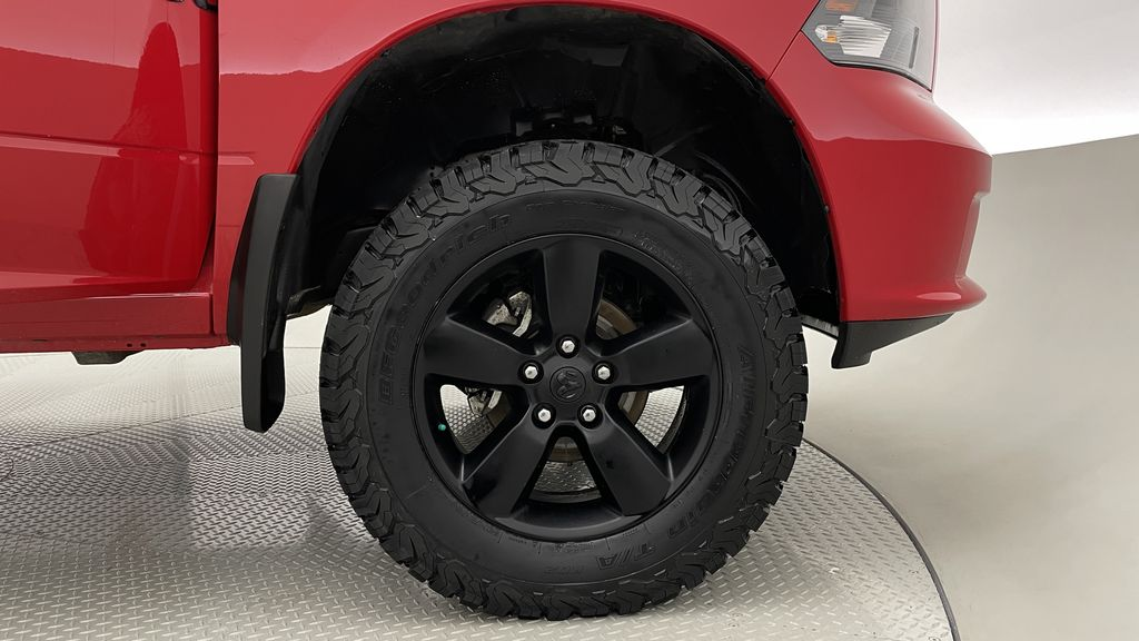 Red[Bright Red] 2018 Ram 1500 Express 4WD - Crew Cab, HEMI, RC Suspension Lift Right Front Rim and Tire Photo in Winnipeg MB