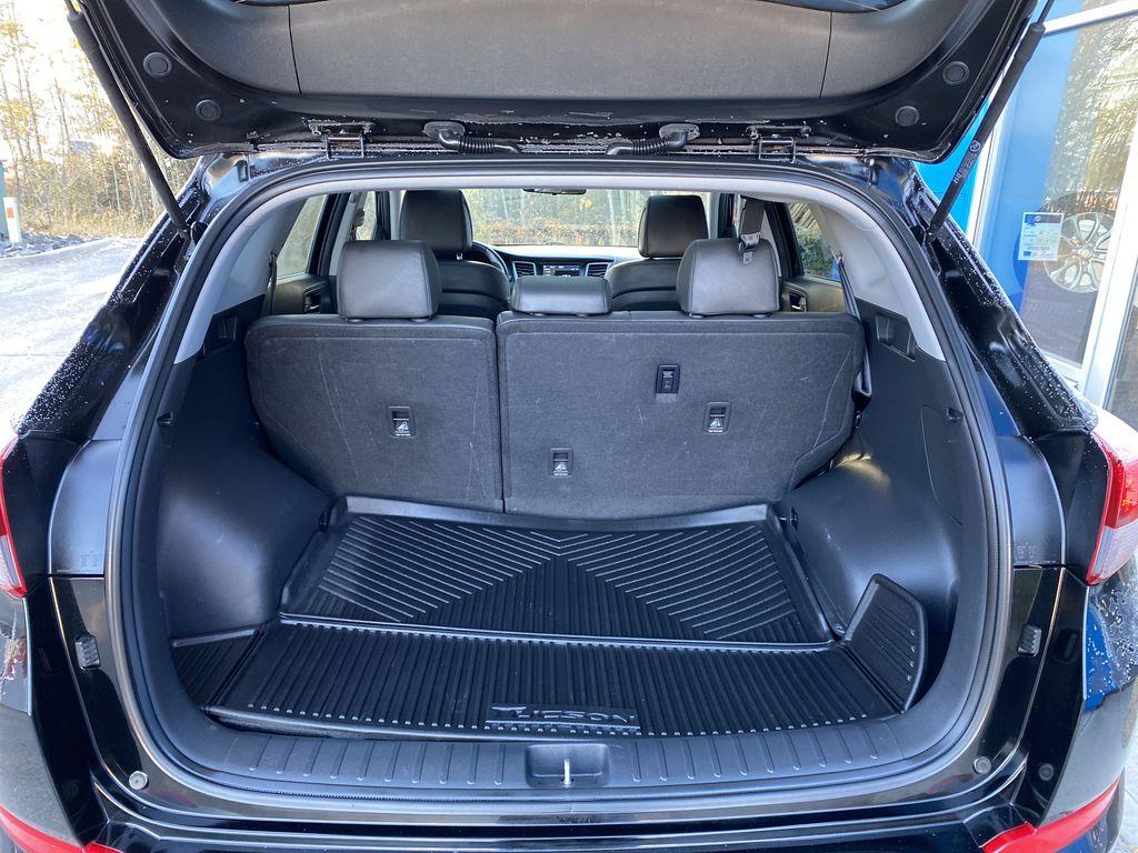 Black[Ash Black] 2018 Hyundai Tucson SE Trunk / Cargo Area Photo in Canmore AB