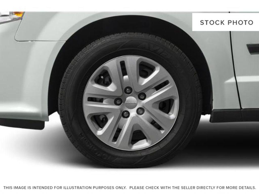Blue[Indigo Blue] 2020 Dodge Grand Caravan Left Front Rim and Tire Photo in Okotoks AB
