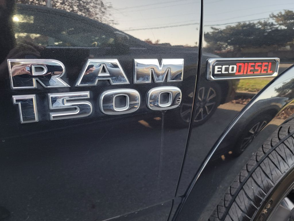 Black[Brilliant Black Crystal Pearl] 2016 Dodge Ram 1500 Outdoorsman 4WD Additional Photo 1 in Kelowna BC