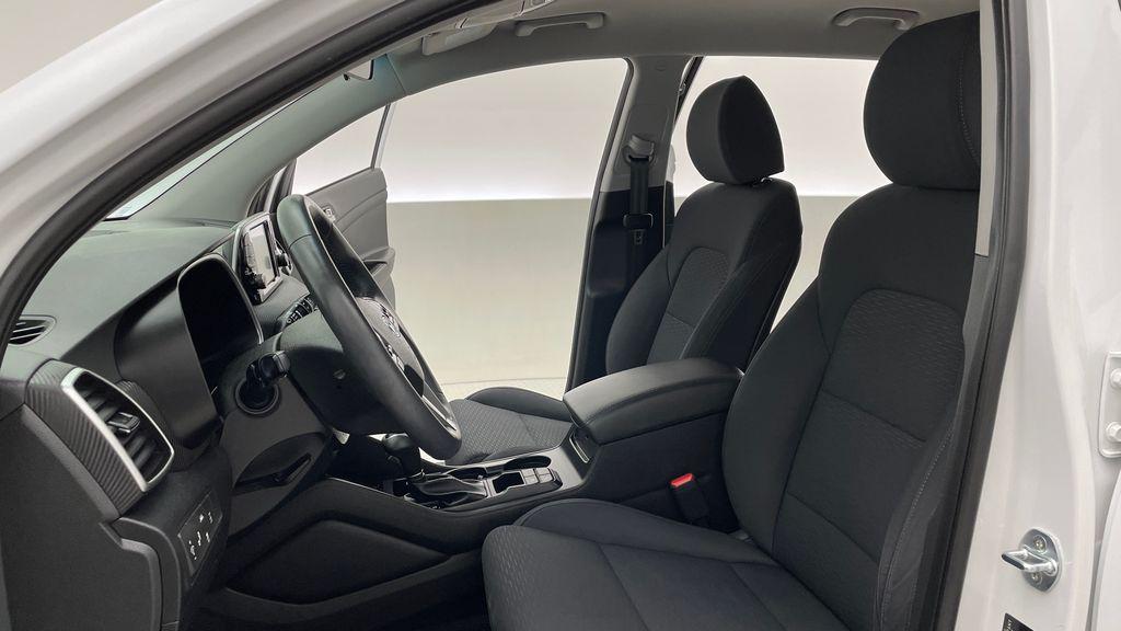 White[Crystal White] 2020 Hyundai Tucson Preferred AWD Left Front Interior Photo in Winnipeg MB
