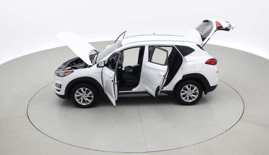 White[Crystal White] 2020 Hyundai Tucson Preferred AWD Left Side Photo in Winnipeg MB