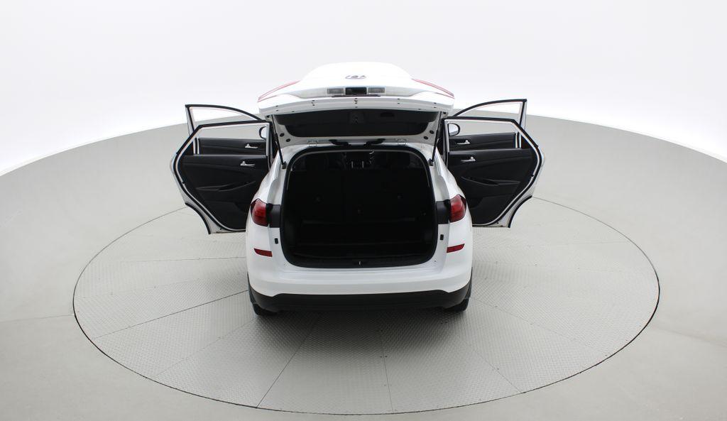 White[Crystal White] 2020 Hyundai Tucson Preferred AWD Rear of Vehicle Photo in Winnipeg MB