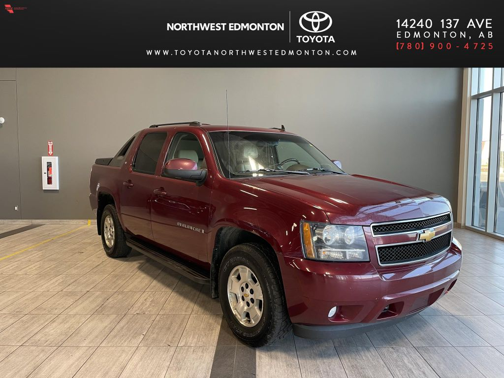 Red 2009 Chevrolet Avalanche LS